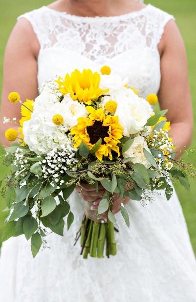 Common Wedding Flower Mistakes